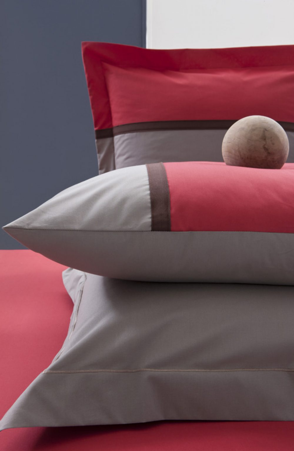 Single Duvet Cover - Moi et Toi Taupe/Red-0